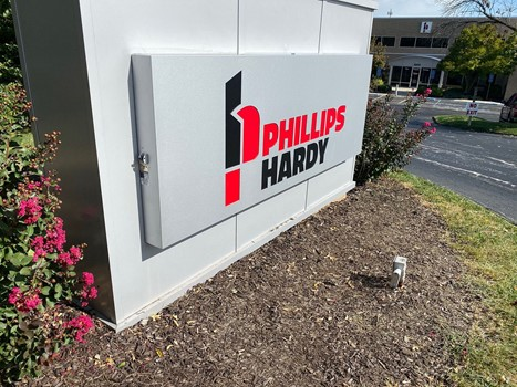 Monument sign for the company Phillips Hardy.
